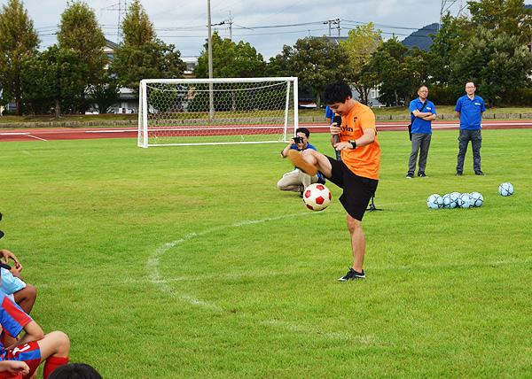 日東シンコー杯 U-10福井県少年サッカー選手権大会でフリースタイルフットボール1
